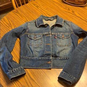Levi's cropped denim jacket small